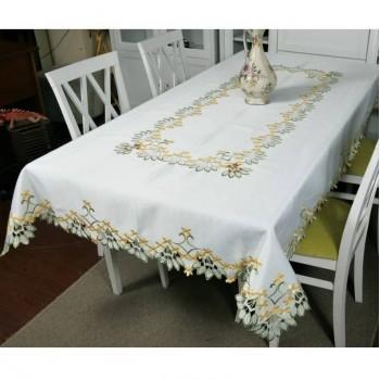 Атласная скатерть на стол прямоугольная с вышивкой Первоцвет фото 2