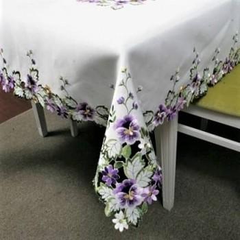 Атласная скатерть круглая/прямоугольная с вышивкой Фиалка Violet фото 1