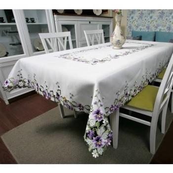 Атласная скатерть круглая/прямоугольная с вышивкой Фиалка Violet фото 2
