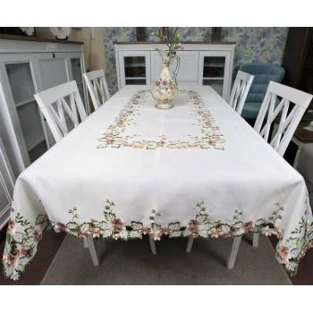 Атласная скатерть на стол круглая/прямоугольная с вышивкой Фиалка фото 1