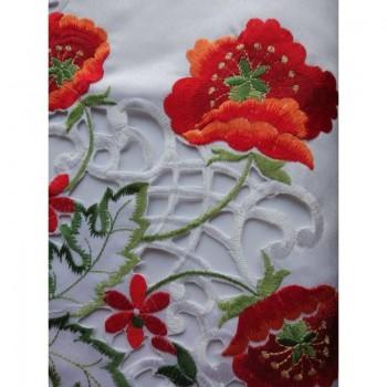 Атласная скатерть на стол круглая/прямоугольная с вышивкой Маки фото 2