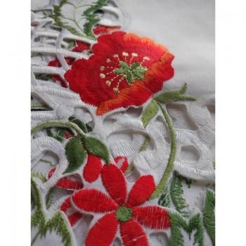 Атласная скатерть на стол круглая/прямоугольная с вышивкой Маки фото 3