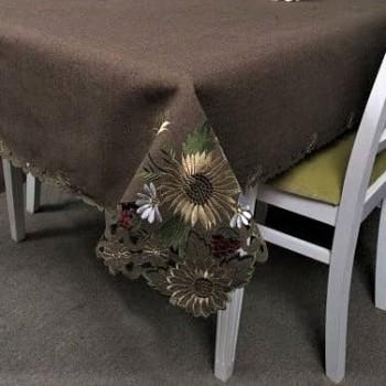Атласная скатерть на стол круглая/прямоугольная с вышивкой Шоколад фото 1