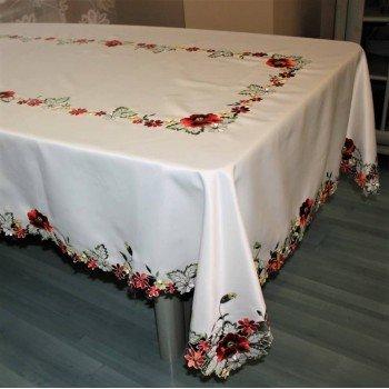Атласная скатерть круглая/прямоугольная с вышивкой Красные Маки