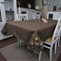 Атласная скатерть на стол круглая/прямоугольная с вышивкой Шоколад