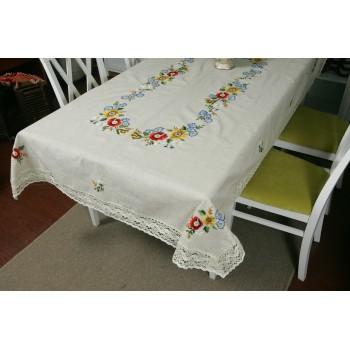 Льняная скатерть с вышивкой и кружевом Полевые цветы фото 1