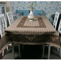 Льняная скатерть на стол с вышивкой 112-71