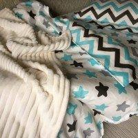 Детское постельное белье в кроватку поплин Звезды-прянички голубые