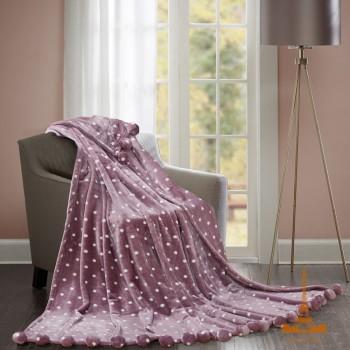 Меховой плед Шары с бубонами розовый