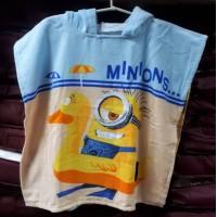 Детское пляжное полотенце с капюшоном Миньоны и Уточка